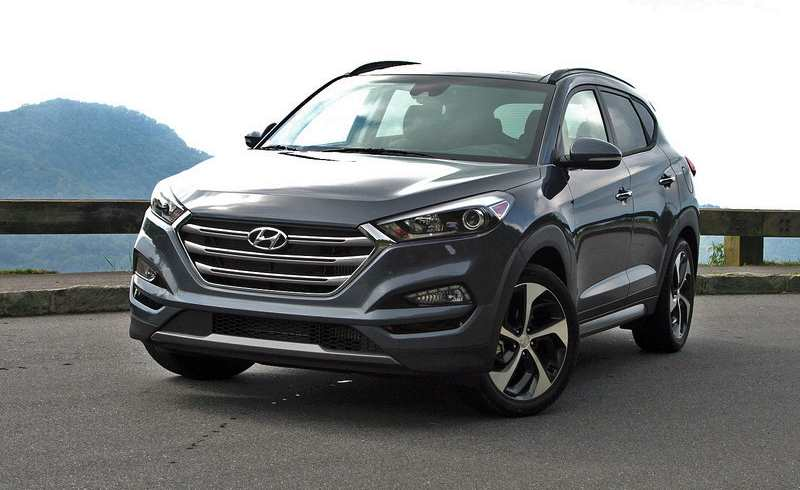 hyundai tucson 2016. Black Bedroom Furniture Sets. Home Design Ideas