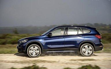 BMW обновил кроссовер X1 2016 года