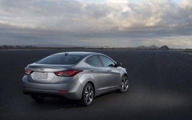Hyundai Elantra 2014-2015 — рестайлинг модели