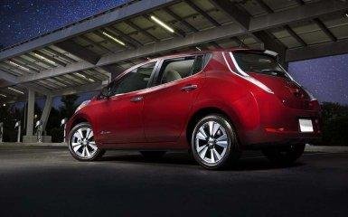 Nissan провел рестайлинг электромобиля Leaf