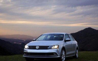 Volkswagen Jetta 2015: рестайлинг популярного седана