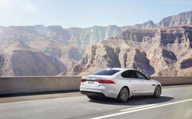 Новый Jaguar XF 2016 - утонченность и мощь
