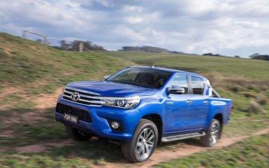 Обновленный Toyota Hilux - восьмое поколение пикапа