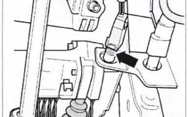 Снятие и установка педали сцепления и главного цилиндра сцепления МКП 01W/012 VW Passat B5