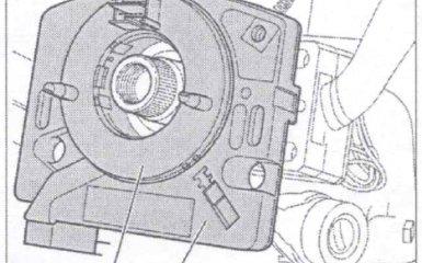 Замена датчика угла поворота рулевого колеса на VW Passat B5