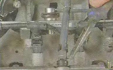 Замена прокладок крышки ГБЦ Geely МК / МК Cross