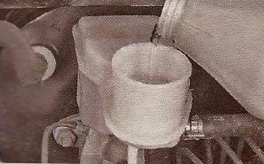 Прокачка и замена жидкости в гидроприводе сцепления Geely МК / МК Cross