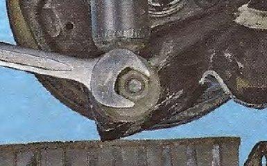 Замена амортизатора задней подвески на Geely МК / МК Cross