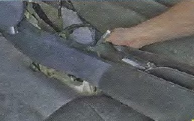Регулировка стояночного тормоза Geely МК / МК Cross