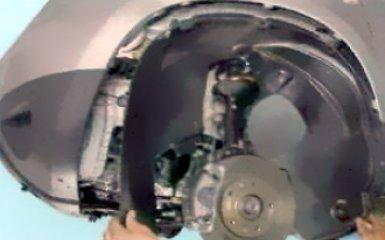 Снятие и замена переднего крыла Рено Дастер