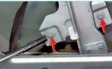 Замена стекла передней двери Renault Duster