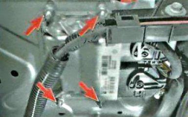 Замена электронного блока управления двигателем Renault Duster