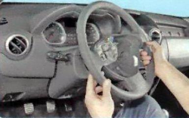 Снятие панели приборов Renault Duster