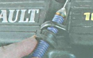 Замена прокладки головки блока цилиндров Renault Duster