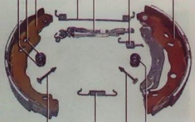 Замена задних тормозных колодок на Renault Logan 2