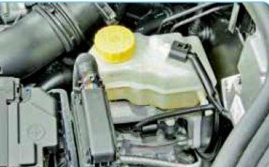 Замена тормозной жидкости Фольксваген Поло седан