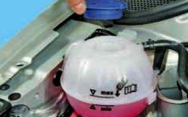 Замена охлаждающей жидкости Фольксваген Поло 5