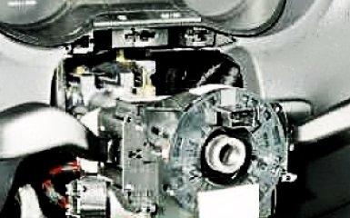 Замена контактного кольца звукового сигнала и подушки безопасности Фольксваген Поло седан