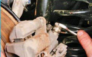 Замена заднего тормозного механизма (суппорта) Honda Civic 4D/5D 1.8 (R18A)