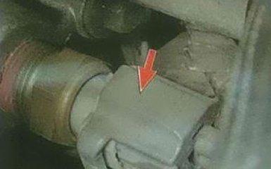 Замена датчика температуры охлаждающей жидкости Ford Focus 3