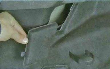 Снятие и установка заднего фонаря Ford Focus 3