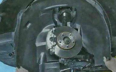 Передний бампер Ford Focus 3: снятие и замена