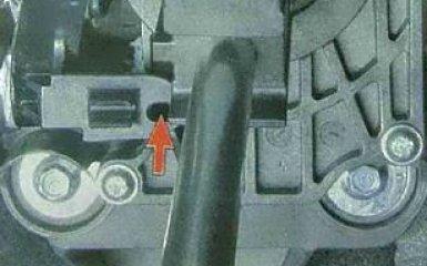 Регулировка привода управления МКП Ford Focus 3