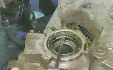 Замена сальников коробки передач Форд Фокус 3