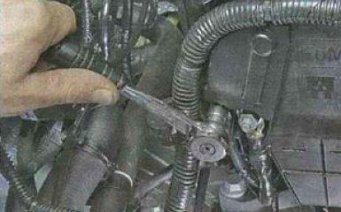 Замена поперечины передней подвески Ford Focus 3