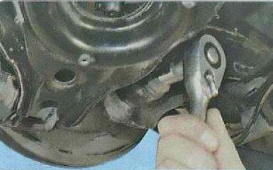 Замена задних амортизаторов Ford Focus 3