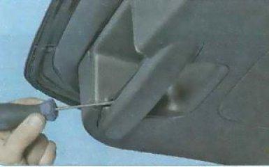 Снятие обшивки двери задка Ford Focus 3