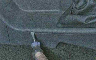 Снятие обшивки тоннеля пола Ford Focus 3