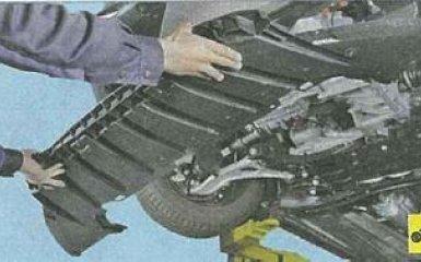 Замена радиатора кондиционера (конденсора) Ford Focus 3
