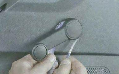 Снятие обшивки задней двери Ford Focus 3