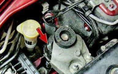 Замена подушек двигателя Mazda 6 (GH), 2007 - 2012 г.в.