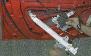 Моторчик стеклоподъемника Kia Rio 3: снятие и замена