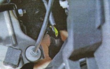 Замена педали газа Kia Rio 3
