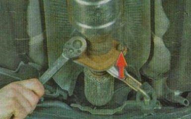 Замена дополнительного глушителя и катализатора Kia Rio 3