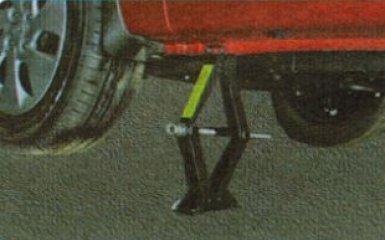 Поворотный кулак Kia Rio 3: снятие и замена