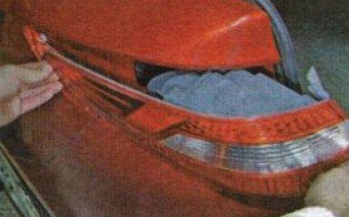 Снятие и замена заднего бампера Kia Rio 3