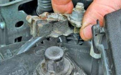 Замена ламп Toyota Corolla (Е150), 2006 - 2013 г.в.