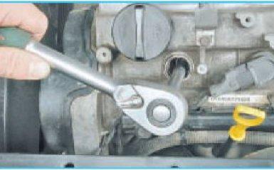 Замена свечей зажигания Hyundai Santa Fe 2 (CM), 2006 - 2012