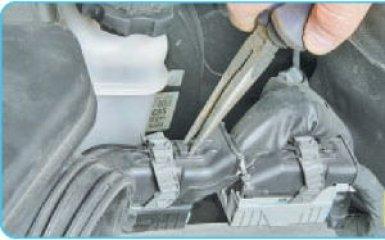 Снятие ЭБУ Hyundai Santa Fe 2 (CM), 2006 - 2012