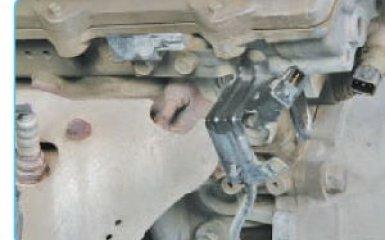 Замена датчика коленвала Hyundai Santa Fe (CM), 2006 - 2012