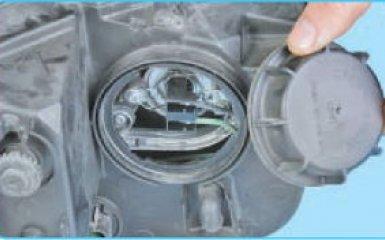 Замена ламп Hyundai Santa Fe (CM), 2006 - 2012