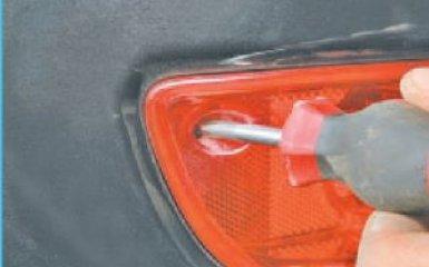 Замена противотуманного фонаря Hyundai Santa Fe (CM), 2006 - 2012