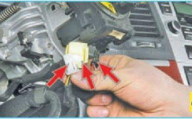 Снятие контактного кольца Hyundai Santa Fe 2 (CM), 2006 - 2012