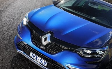 Fluence отправлен на «пенсию»: долгожданный дебют Renault Megane 2017 года