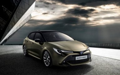 Toyota Auris 2018 представлен официально