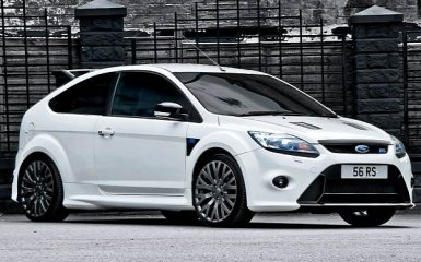 Тюнинг Ford Focus RS 2009 от Kahn Design